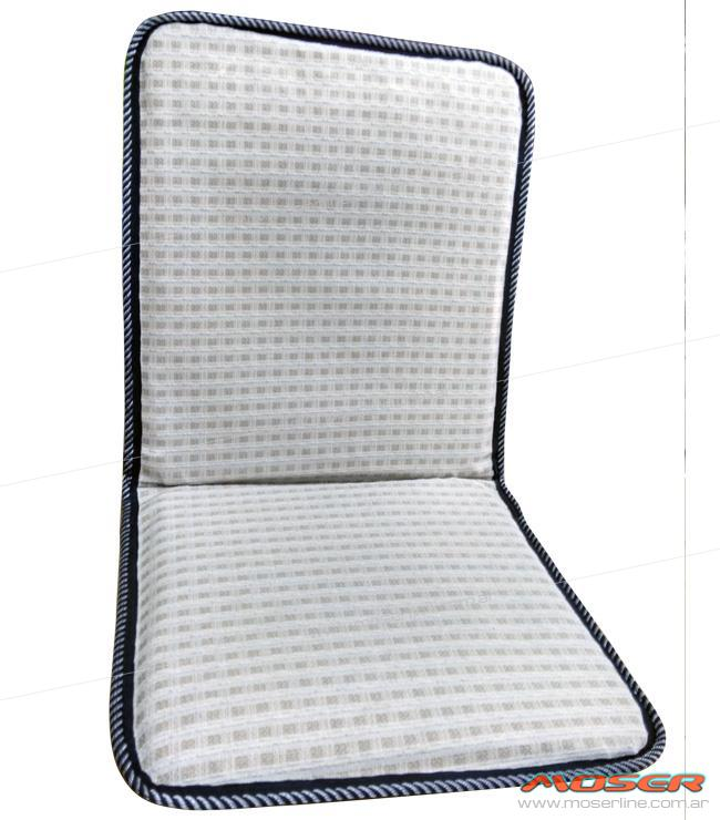 Sobre asiento y respaldo de alambre con tela calada - Imagen 1